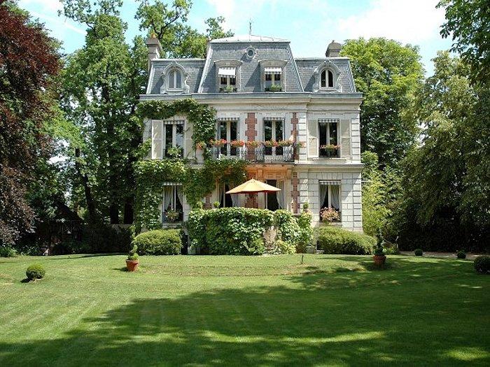 Villa carioca chambres d 39 h tes de charme maisons laffitte - Ecurie maison laffitte ...