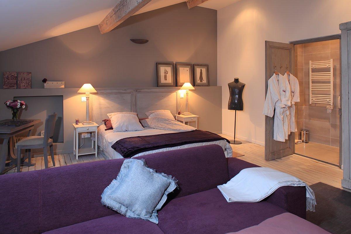 castell de bl s chambres d 39 h tes pr s de collioure. Black Bedroom Furniture Sets. Home Design Ideas